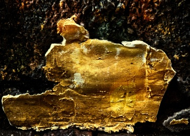 08-Golden_wall-Olaf_Aune
