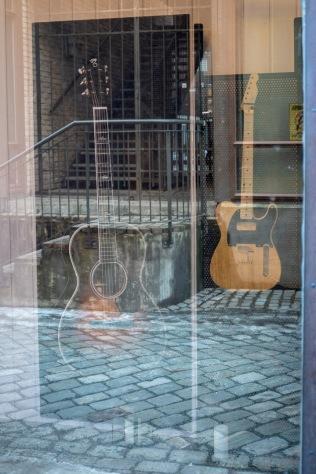13-To_gitarer-Ommund_Ogard