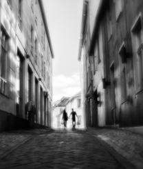 Ørja_A_narrow_street_Linh_Hoang-Linh_Hoang