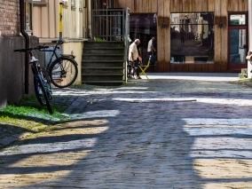 Foto: Liv Stadsøy | Tittel: Refleksjoner på brostein | Sted: Brattørveita