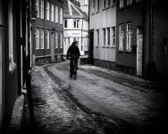 Foto: Olaf Aune   Tittel: Taraldsgårdsveita   Sted: Taraldsgårdsveita   Hos Orient, rett framfor sykelisten har de servert byens beste vårruller i flere tiår.