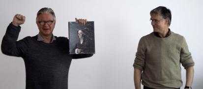 Hans H. Bjørstad ble gratulert av Ommund Øgård for Årets bilde