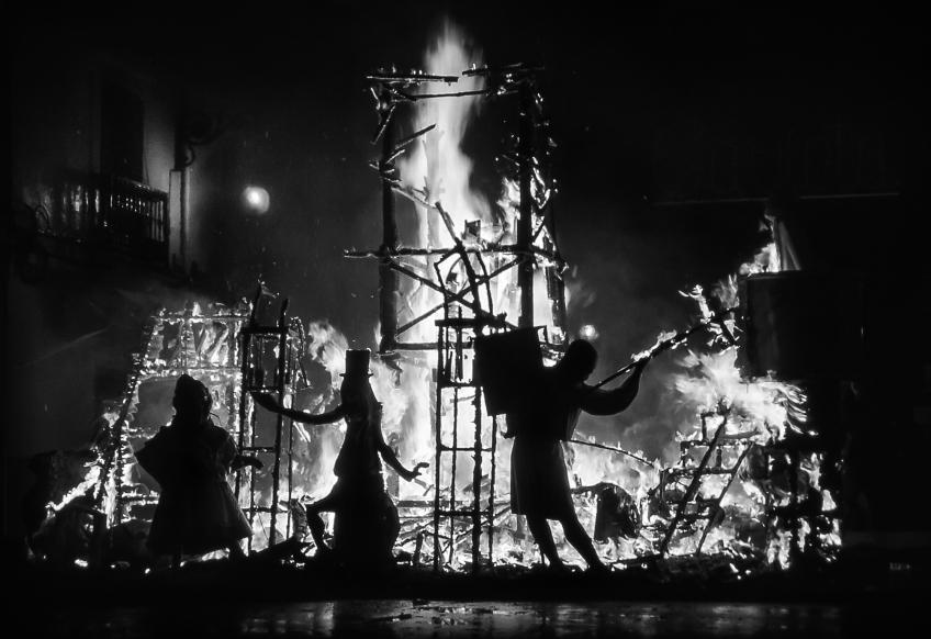 """Jonas Hallberg Eggen """"Ninot burning"""""""